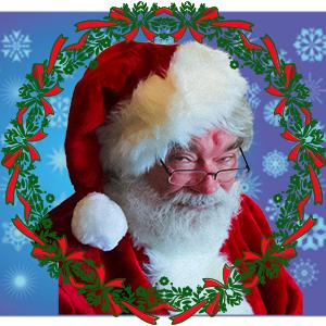 Santa-Wreath-wink@0,3x